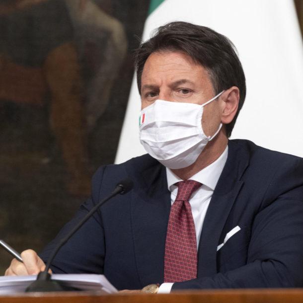 Giuseppe Conte dpcm Natale 2020
